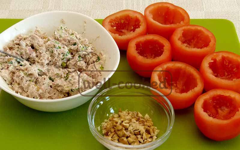 Начинка и помидоры