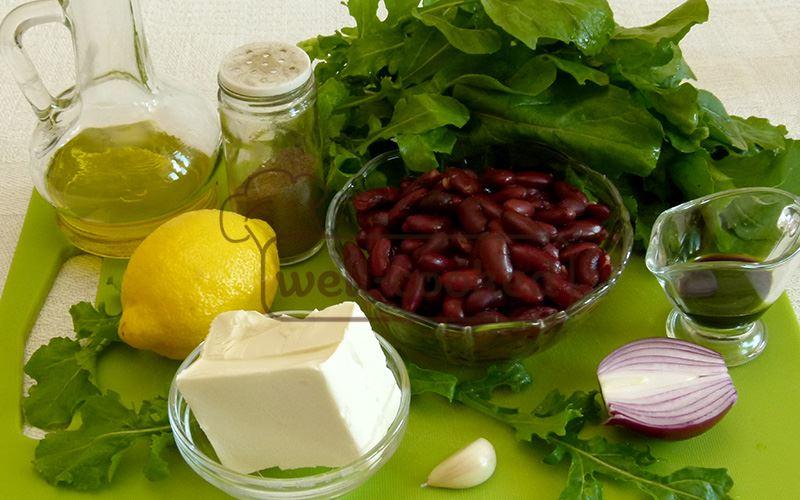 Салат из красной фасоли с сыром