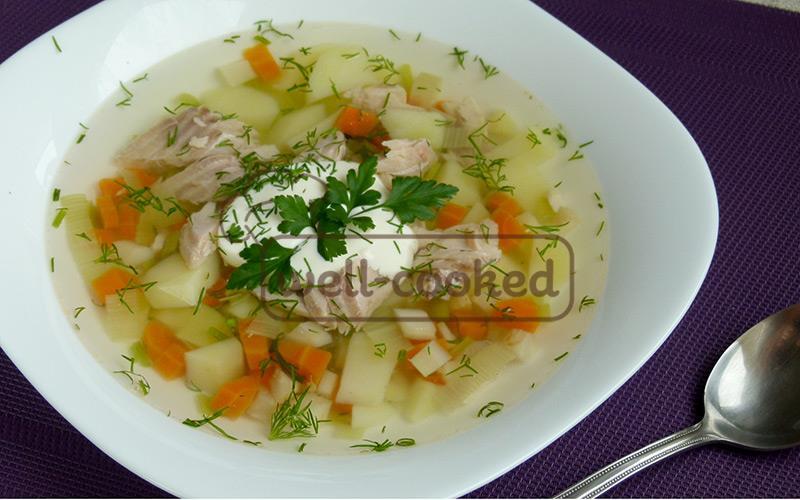 суп с запеченной форелью и укропом